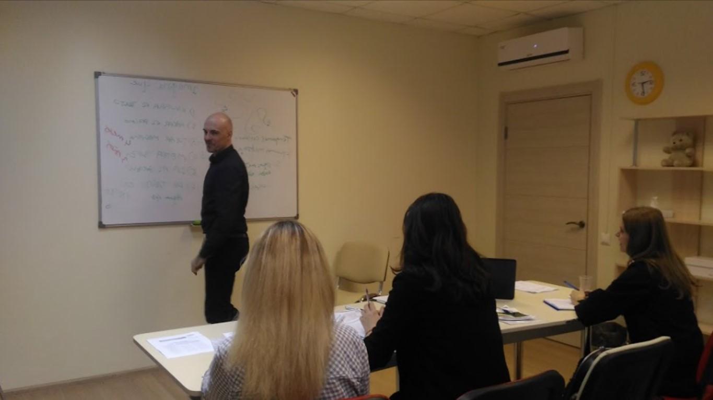 Курсы испанского языка с Хуаном (donprofesor.ru)
